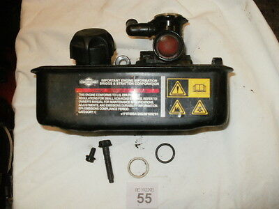 Briggs & Stratton  - Parts - Classic Fuel Tank And Carb