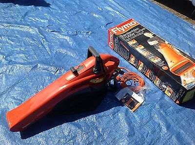 Flymo garden vac,combined vacuum blower mulcher 2700w,complete with bag and box