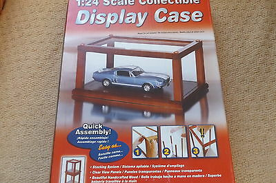 Revell 1/24 scale car display case.