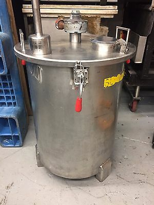 Stainless Steel Mixing Tank with pneumatic agitator 100 Litre