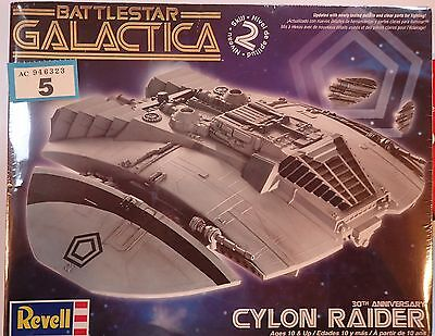 Cylon Raider Battlestar Galactia Revell 30th Anniversary Kit