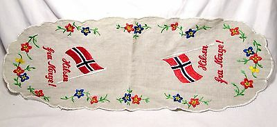vtg Norwegian HILSEN FRA NORGE Hand Embroidered Linen GREETINGS FROM NORWAY