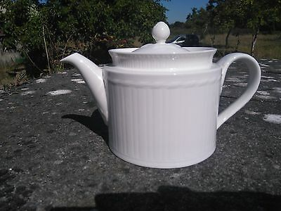 SUPERBE THEIERE VILLEROY & BOCH PORCELAINE FINE blanche CHATEAU COLLECTION CHIC