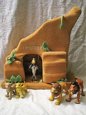 Rare - Disney - Lion King - Plush Pride Rock With 5X Action Figures