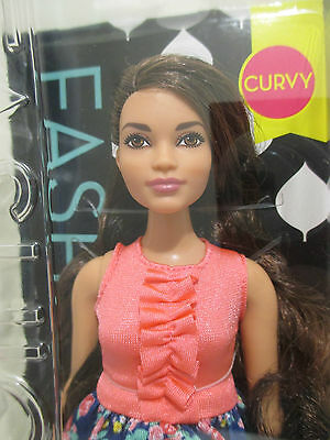 Barbie® Fashionistas™ Doll 26 curvy  with magnet for fridge , locker! great gift