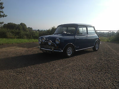 Classic Mini 1968 mk1 - Auto Fully restored inside and out