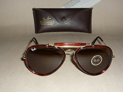 NOS! Neu! New! Vintage Ray Ban USA B&L Traditional style W 0743 orig. case Rare!
