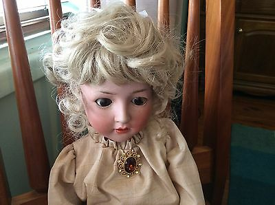 Dolls Wig For Antique Or Reproduction Doll. 13-14.