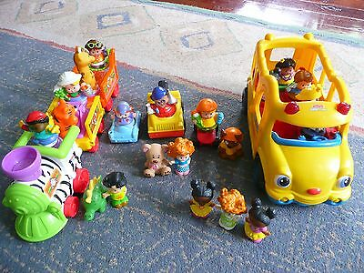 Fisher-Price Little People Bus and Zoo Train with Little People Figurines