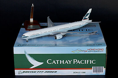 Cathay Pacific Boeing 777-300ER B-KQY JC Wings 1:200 Diecast Models XX2486