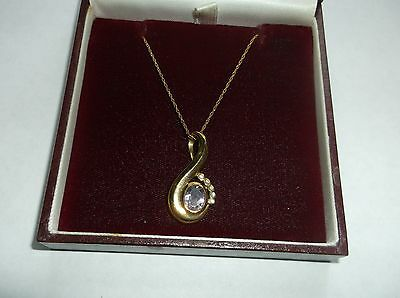Lovely 9 ct gold and diamond drop pendant and chain-