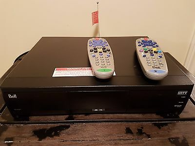Bell ExpressVu PVR 9241 - 320GB HDD - Two remote controls IR and UHF