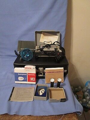 Vintage Polaroid Camera Land 101 with Case and Flash Bulbs