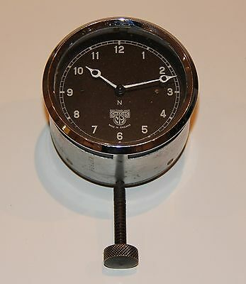 VINTAGE SMITHS CAR CLOCK Runs well