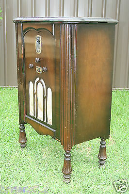 Vintage 1932 STC 4 Valve Radio in Cabinet Model 435 with Silent Tuning