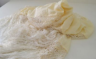 Beautiful Vintage Cantonese Embroidered Silk Piano Shawl Menton  Ss236