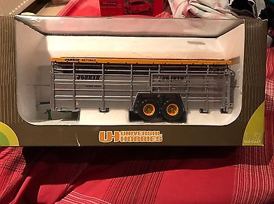 Universal Hobbies Model Betaillere Joskin 2580U 1:32 Scale