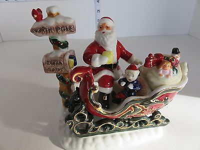 Royal Doulton 2008 Santa's Journey Scarce And A Beautiful Figurine