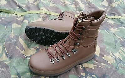 New British Army Altberg Brown Combat Boots UK 9 9L