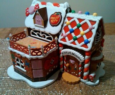hello kitty Christmas gingerbread house