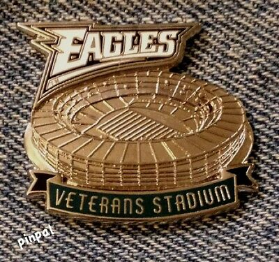 Philadelphia Eagles Lapel Pin~Veterans Stadium~NFL~Football~Vintage 1997