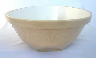 """Cloverleaf Pottery 12"""" Yellow Ware Earthenware Mixing Bowl Made in England"""