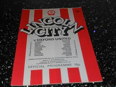 Lincoln city v oxford untited   football programme saturday 9th december 1978