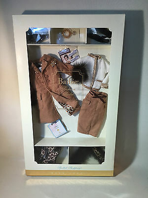 """Mattel Barbie """"Fashion Model Collection"""" Spotted Shopping Fashion, Gold Label"""