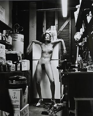 Helmut Newton Sumo Photo 50x70 Domestic Nude II + V 1992 Earthquake Living Room