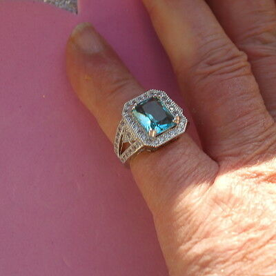 BEAUTIFUL SILVER RING WITH FACETED TOURMALINE GEM 4 GRAM SIZE N 1 2 IN Gift BOX