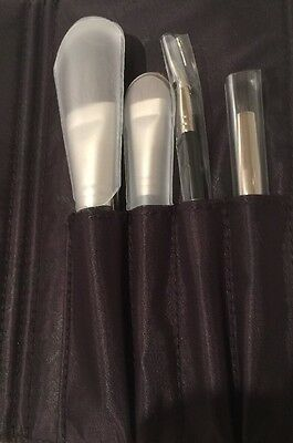 🎀Laura Mercier Travel Brush Set In Pouch🎀