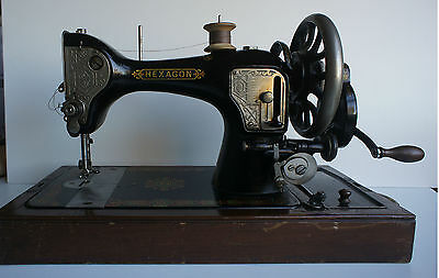 Antique HEXAGON 1920 Hand Crank Sewing Machine With Case