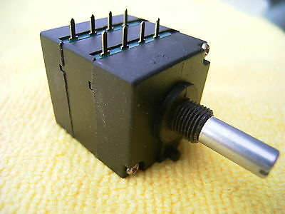 NOBLE AP25 250K; Lin mit Mittenrastung Stereo Potentiometer