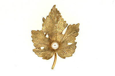 "14K YELLOW GOLD 4mm PEARL MAPLE LEAF PIN BROOCH 1 1/4"" TALL"