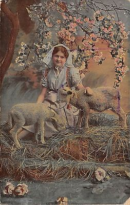 BC62051 girl lamb germany ostern easter