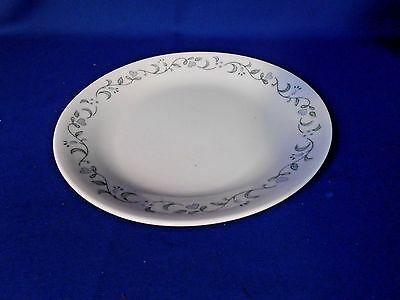 "Corning Corelle COUNTRY COTTAGE Luncheon plate 8 1/2"" White Lavender flowers"