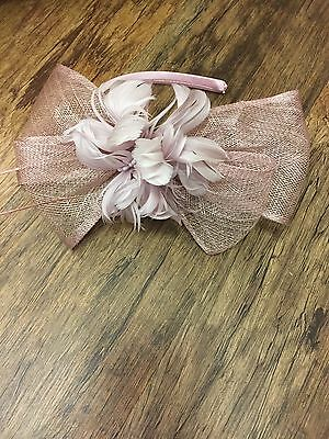 Fascinator (one size)