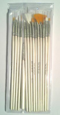 15 Fine Scale Paint Brushes for Small Detail Figure Painting in a Storage Sleeve