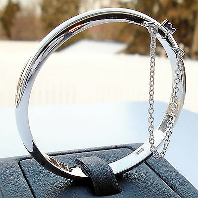 .925 Sterling Silver Bangle Women's Beautiful Bracelet Safety Chain Hallmark New
