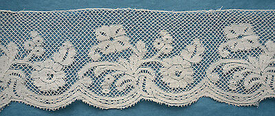 87ins antique/vintage Valenciennes lace border - flowers and leaves