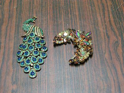 Vintage costume jewelry lot#112 brooch damaged pin