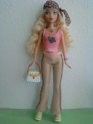 My Scene Hanging Out Barbie Doll Blonde Hair Blue Eyes Original Clothes Shoes