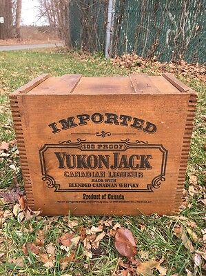 "Beautiful 1984 ""Yukon Jack"" Wood Crate Box With Lid, Great Graphics!"