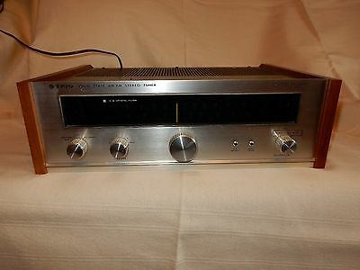 Trio Solid State Am-FM KT-7000 Stereo Tuner