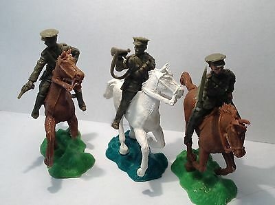 Crescent WW1 mounted british cavalry - set of 3.