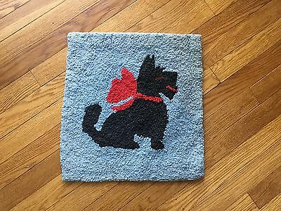 Vintage 1950s Hooked Rug Pillow Size Pictoral Scotty Dog Scottish Terrier