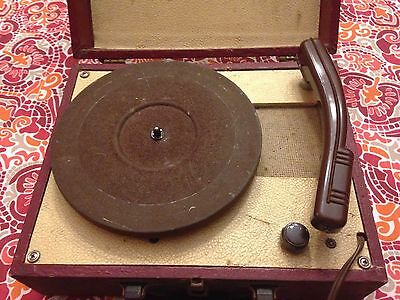 Antique Portable Record Player Tube Ac Travel Music