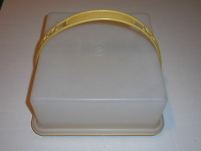 Vintage Tupperware Harvest Gold Square Cake Cupcake Keeper Carrier with Handle