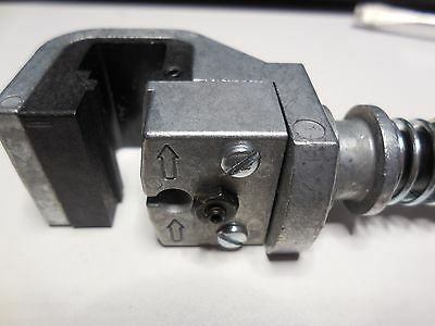 TE Tyco Connectivity AMP 58063-2 Termination Crimper Die Head Assembly