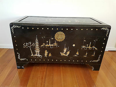 LARGE ANTIQUE WOOD CAMPHOR CHINESE CHEST TRUNK - mother of pearl